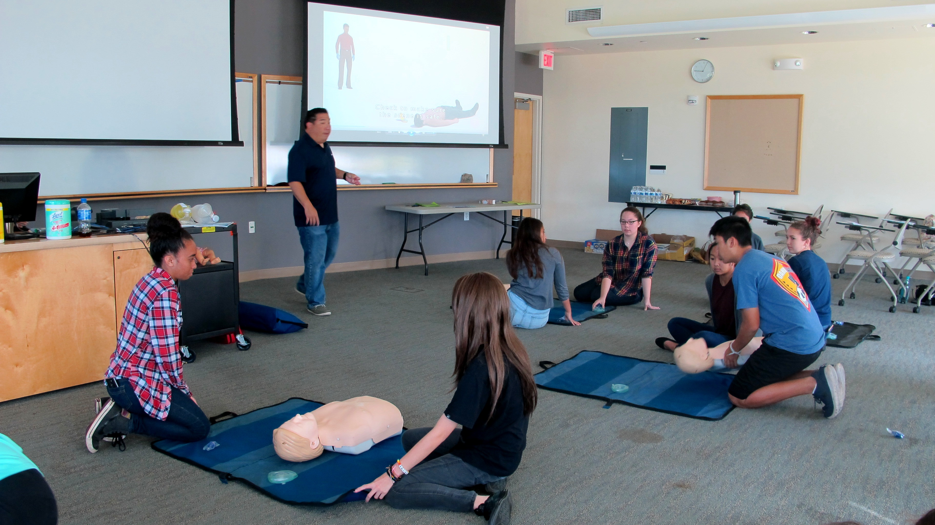 Cpr certification workshop ahec twenty of our corps members became cpr certified at our hands on cpr certification workshop taught by american medical response xflitez Choice Image